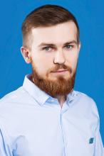 Менеджер Евгений Миронов