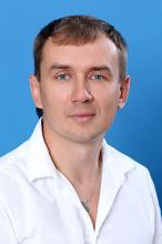 Менеджер Василий Стародубцев
