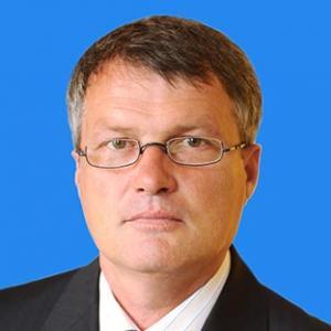 Менеджер Лев Эдуардович Левко