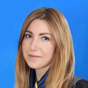 Менеджер Юлия Алексеевна Новикова