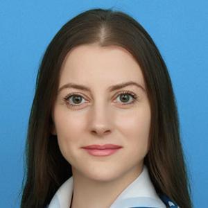 Менеджер Стелла Валерьевна Потапова