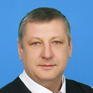 Менеджер Виталий Петрович Сальников
