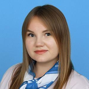 Менеджер Яна Евгеньевна Зенкова